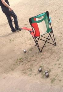 Boule im Sand